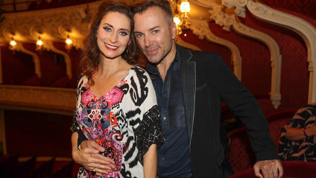 Erfolgs-Duo: Pia Douwes und Uwe Kröger sorgten für viele Lacher. (Bild: Franz Neumayr)