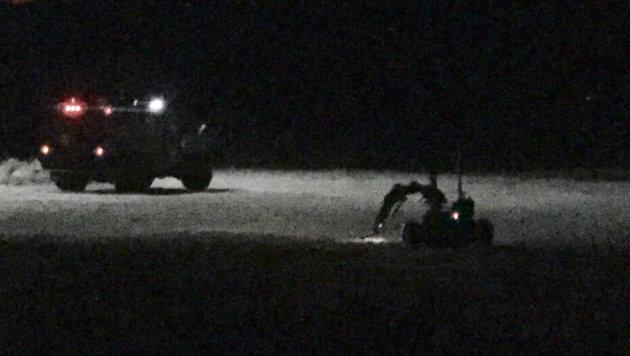 Der Roboter näherte sich beim nächtlichen Einsatz lautlos dem Verdächtigen. (Bild: LASD)