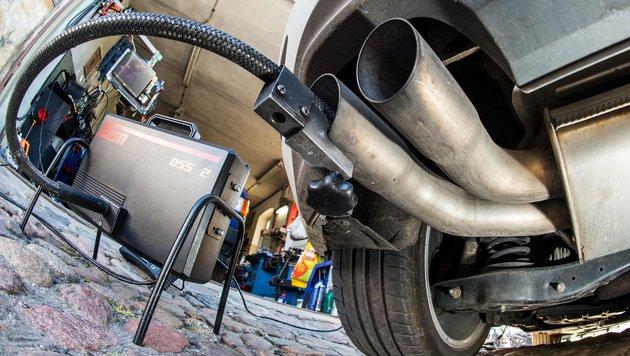 Diesel-Gipfel: Nachbesserung für 5 Mio. Fahrzeuge (Bild: APA/AFP/dpa/Patrick Pleul)