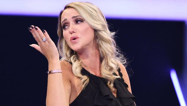 """Cathy Lugner in der Liveshow """"Promi Big Brother"""" in Köln (Bild: Viennareport)"""