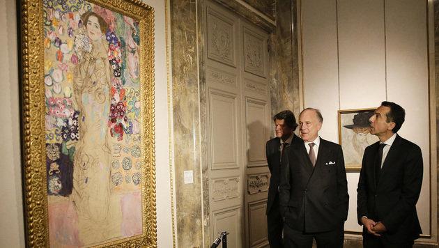 """Ronald Lauder und Kern während ihres Besuchs in der """"Neuen Galerie"""" (Bild: APA/BKA/ANDY WENZEL)"""