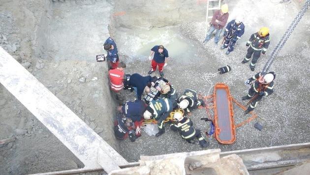 4 Rettungseinsätze nach Stürzen in nur 60 Minuten (Bild: MA 68 Lichtbildstelle)