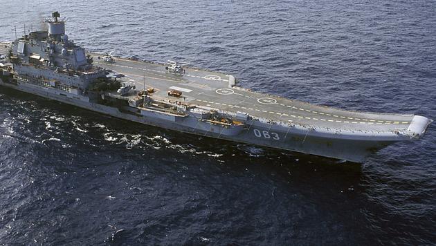 """Der russische Flugzeugträger """"Admiral Kusnezow"""" (Bild: Associated Press)"""