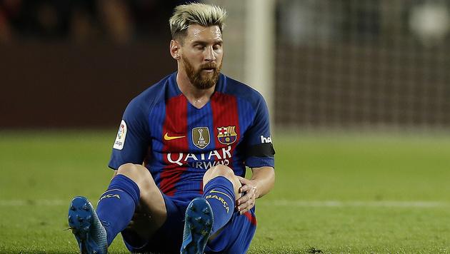 Schreck für Barca: Messi fällt wochenlang aus (Bild: AP)