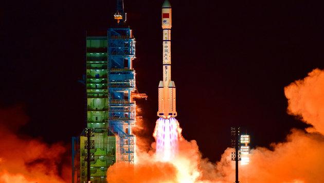 """Am 29. September 2011 startete die Rakete Langer Marsch 2F mit dem """"Tiangong-1""""-Raumlabor an Bord. (Bild: AFP)"""