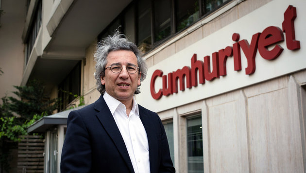 "Der Ex-Chefredakteur von ""Cumhuriyet"", Can Dündar (Bild: ASSOCIATED PRESS)"