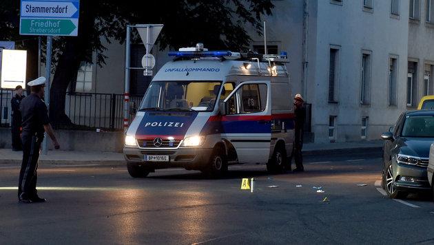 Türke fährt mit 170-PS-Bike Beamten nieder (Bild: APA/HERBERT P. OCZERET)