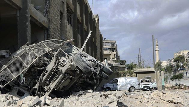 Waffenruhe gescheitert: Aleppo im Bombenhagel (Bild: Associated Press)