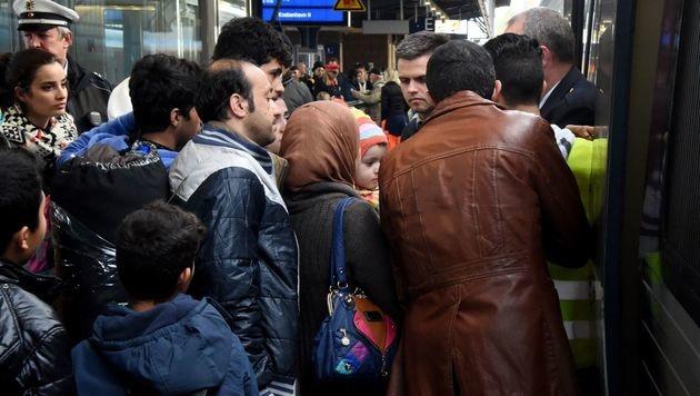 Schweden ist jenes OECD-Land, in dem 2015 die meisten Asylanträge gestellt wurden. (Bild: APA/AFP/CARSTEN REHDER)