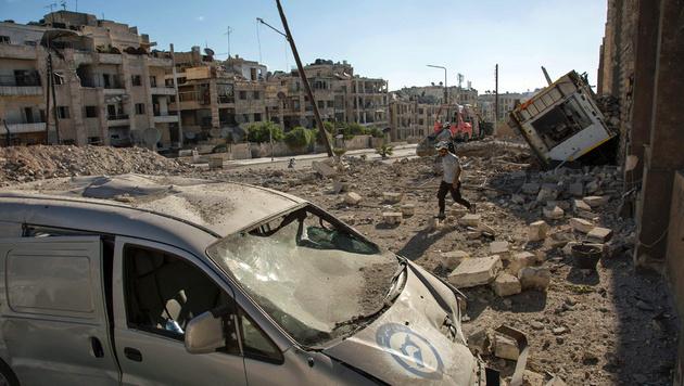 Die syrische Stadt Aleppo nach einem Bombenangriff. (Bild: APA/AFP/Karam Al-Masri)