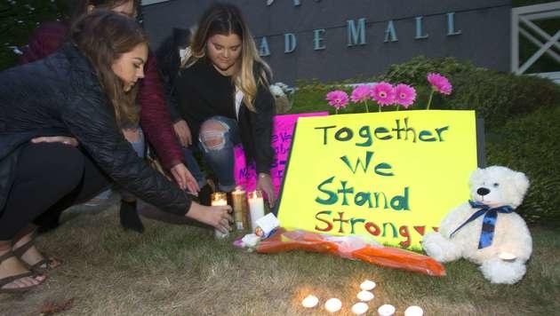 Schütze nach Angriff in US-Einkaufszentrum gefasst (Bild: APA/AFP/GETTY IMAGES/Karen Ducey)