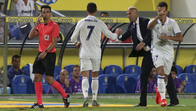 Ronaldo schmollt: Superstar völlig außer Form! (Bild: AP)