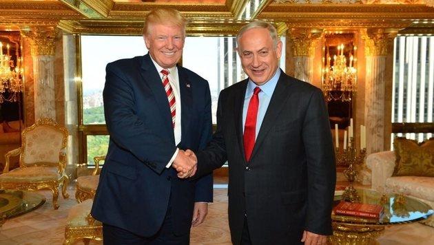 Benjamin Netanyahu mit Donald Trump (Bild: EPA)