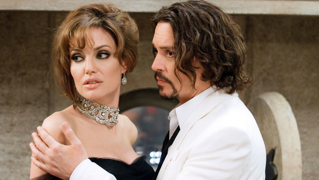 "Angelina Jolie und Johnny Depp im Film ""The Tourist"" (Bild: Viennareport)"
