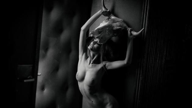 """""""""""Die Erotik der Sternzeichen"""" (Bild: Photo by ManfredBaumann.com)"""""""