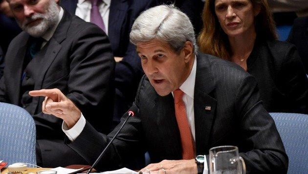 Schwere Anschuldigungen von US-Außenminister John Kerry gegen die russische Regierung (Bild: APA/AFP/TIMOTHY A. CLARY)