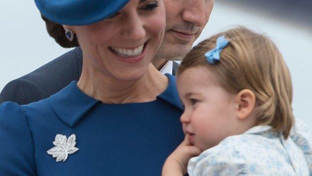 Die Ahornblatt-Brosche gehörte einst Queen Mum (Bild: AP)