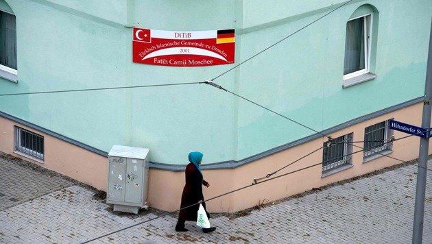 Dresden: Anschlag auf Moschee und Kongressgebäude (Bild: APA/AFP/dpa/SEBASTIAN KAHNERT)