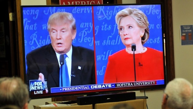 TV-Duell: Trump planlos, Clinton macht Boden gut (Bild: APA/AFP/GETTY IMAGES/Steve Pope)