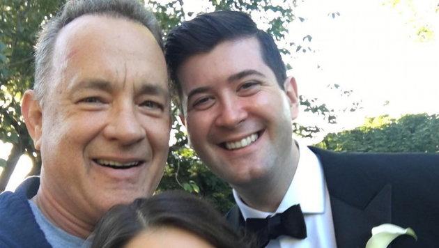 Tom Hanks platzte beim Joggen in Hochzeitsfoto (Bild: Viennareport)