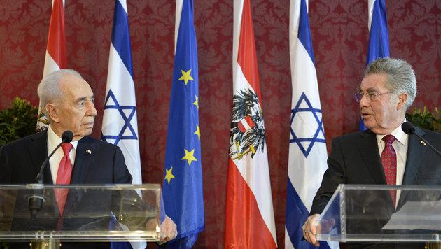 Peres 2014 während seines Staatsbesuchs in Österreich (Bild: APA/HERBERT NEUBAUER)