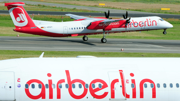 Niki-Mutter Air Berlin baut 1200 Jobs ab (Bild: APA/dpa/Daniel Reinhardt)