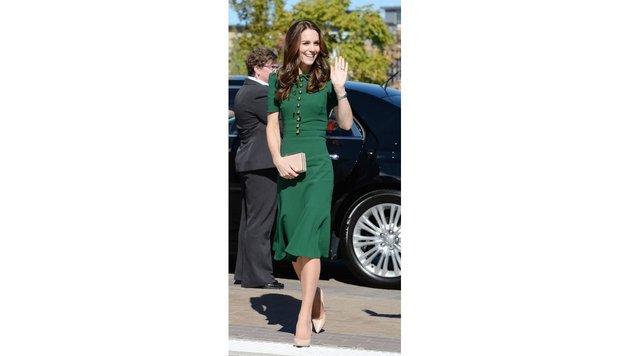Herzogin Kate im grünen Kleid von Dolce & Gabbana (Bild: Viennareport)