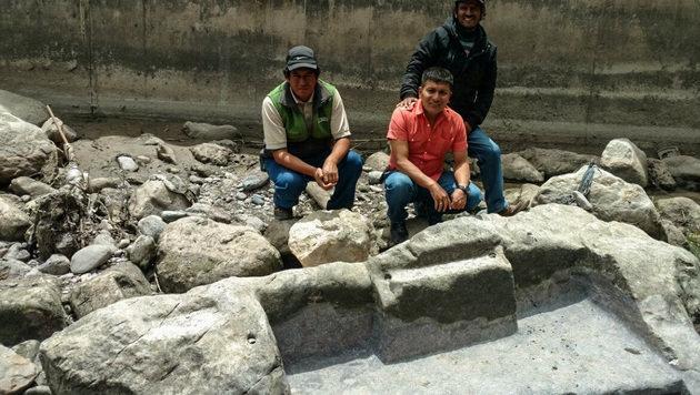 Teil von Inka-Altar in Fluss in Peru gefunden (Bild: AFP/Ministry of Culture)