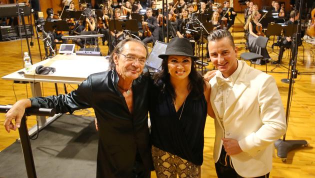 Christian Kolonovits mit Andreas Gabalier & Anna Netrebko bei Aufnahmen in den Rosenhügelstudios.â002îAEA (Bild: Sepp Pail)