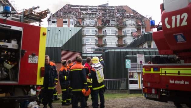 Bochum: Tote bei Großbrand in Krankenhaus (Bild: APA/AFP/dpa/MARCEL KUSCH)