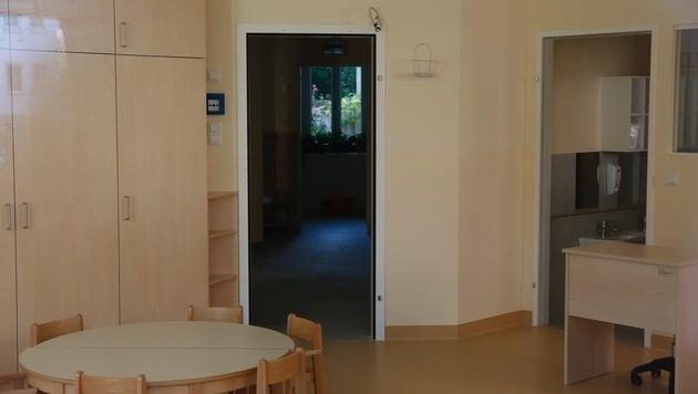 Die Baufirma nahm die Türen einfach wieder mit. (Bild: Martin A. Jöchl)