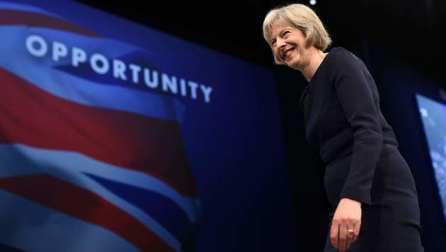 Theresa May (Bild: APA/AFP/OLI SCARFF)