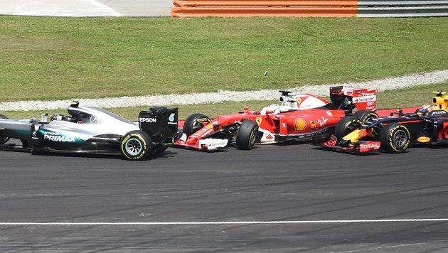 """""""Idiot!"""" Verstappen beschimpft Vettel nach Crash (Bild: APA/AFP/MOHD RASFAN)"""