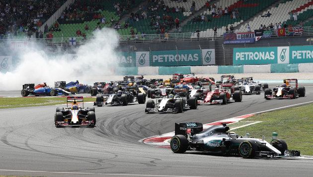 """""""Idiot!"""" Verstappen beschimpft Vettel nach Crash (Bild: AP)"""