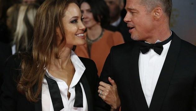 Angelina Jolie und Brad Pitt (Bild: ANDREW COWIE/AFP/picturedesk.com)