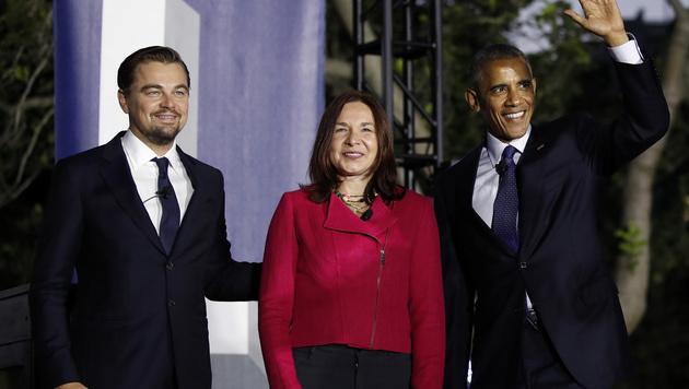 Leonardo DiCaprio mit Barack Obama und Dr. Katharine Hayhoe (Bild: AP)