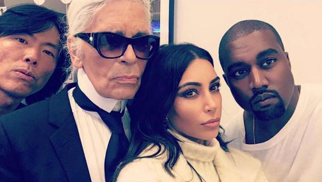 Karl Lagerfeld mit Kim Kardashian und Kanye West (Bild: Viennareport)