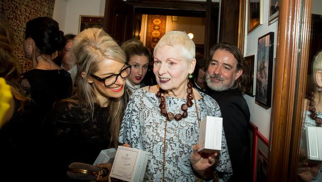 Westwood liebt die Nüsse so sehr, dass sie sie für eine Charity von Pirngruber produzieren ließ. (Bild: Carina Pirngruber)