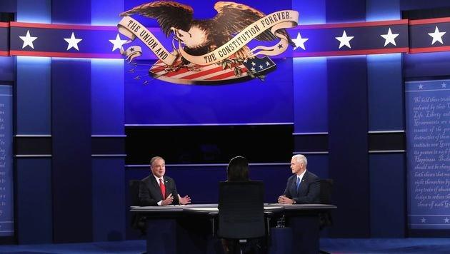 Kaine und Pence trafen einmal aufeinander. Clinton und Trump haben noch zwei Duelle vor sich. (Bild: APA/AFP/GETTY IMAGES/MARK WILSON)