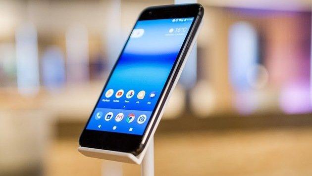 Ist Googles Pixel-Handy für das Gebotene zu teuer? (Bild: Markus Mielek/Google)