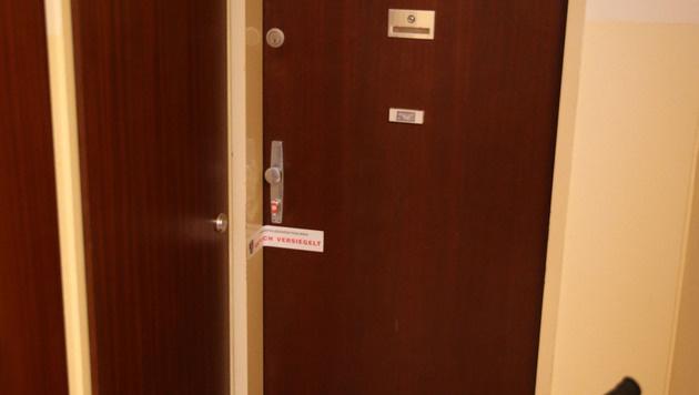 Der Tatort: die Wohnung von Claudia K., dem kleinen Noah und Daniel L. (Bild: APA/ANDREAS WESTPHAL)
