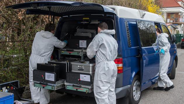 Messer im Herz: 54-Jähriger tot in Haus gefunden (Bild: Werner Kerschbaummayr/fotokerschi.at (Symbolbild))