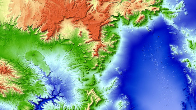 Mit Satelliten-Duo Weltkarte in 3D erstellt (Bild: DLR)