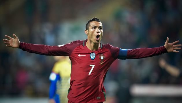 "Ronaldo lässt""s viermal krachen, Frankreich siegt (Bild: APA/AFP/PATRICIA DE MELO MOREIRA)"