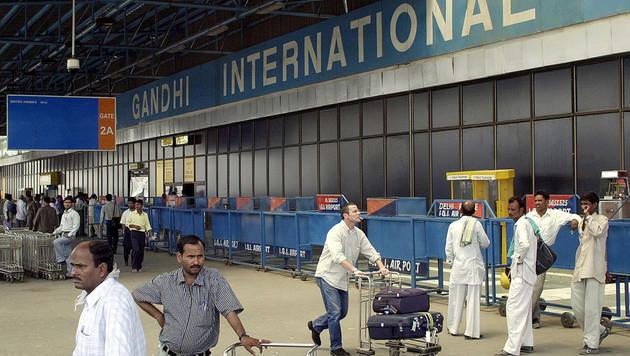 Aufregung um radioaktives Leck am Airport Delhi (Bild: AFP/RAVI RAVEENDRAN)