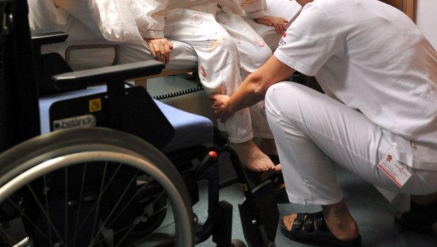 Seniorin erhält gestohlenen Schmuck nicht zurück (Bild: APA/BARBARA GINDL (Symbolbild))