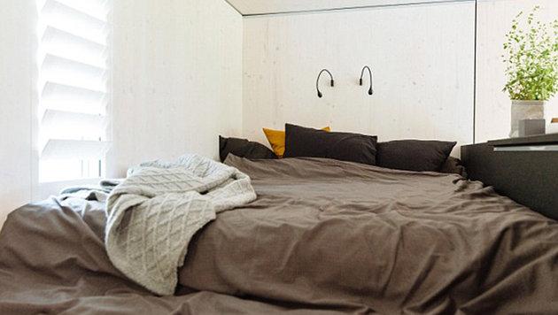 Das Schlafzimmer befindet sich im hinteren Teil des Hauses. (Bild: kodasema)