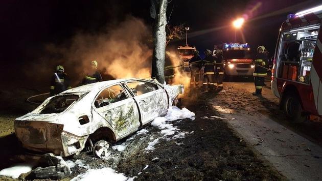 Die beiden Insassen des verunglückten Autos verbrannten bis zur Unkenntlichkeit. (Bild: Privat)