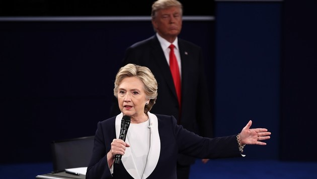 """Trump: """"Wenn ich siege, lasse ich Sie einsperren"""" (Bild: APA/AFP/GETTY IMAGES/WIN MCNAMEE)"""