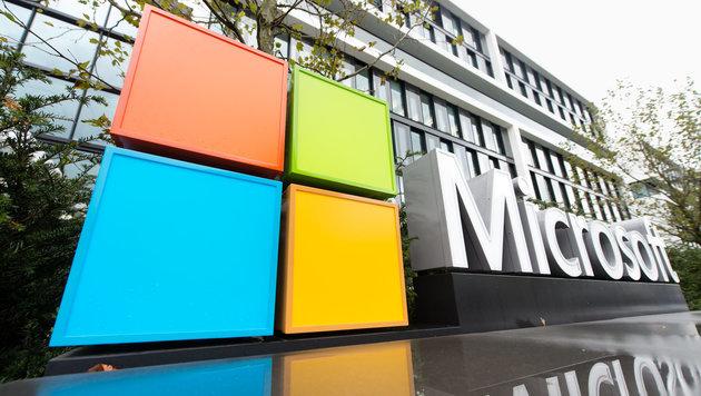 Microsoft will neue Welt des Arbeitens vorleben (Bild: APA/dpa/Matthias Balk)